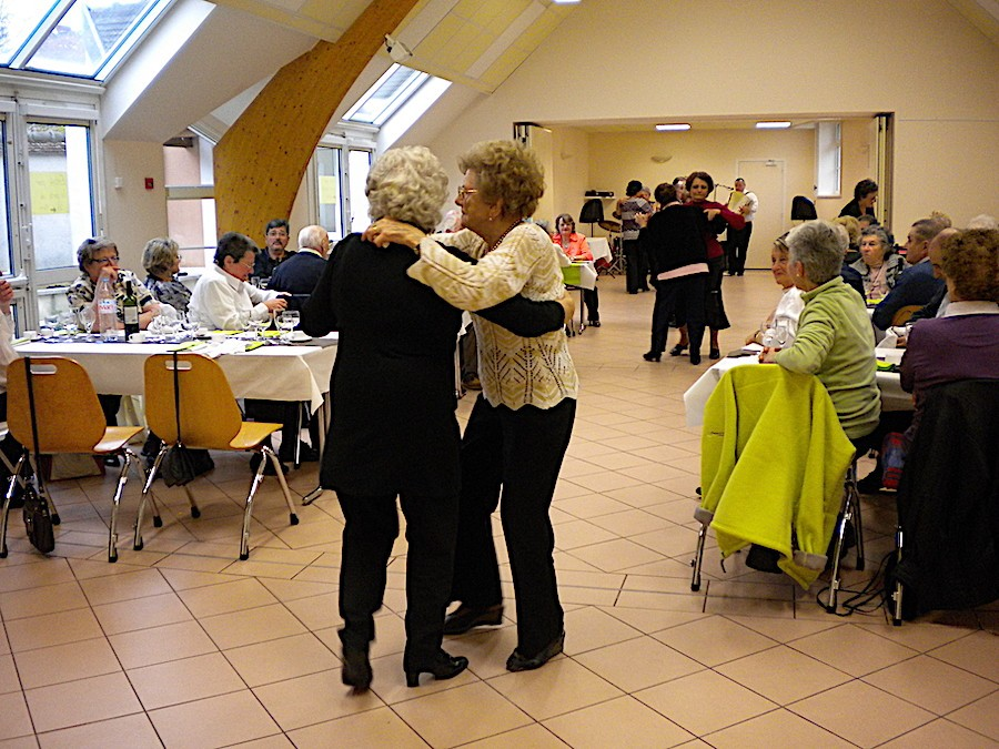 Repas st Valentin 18 fev 2012 027